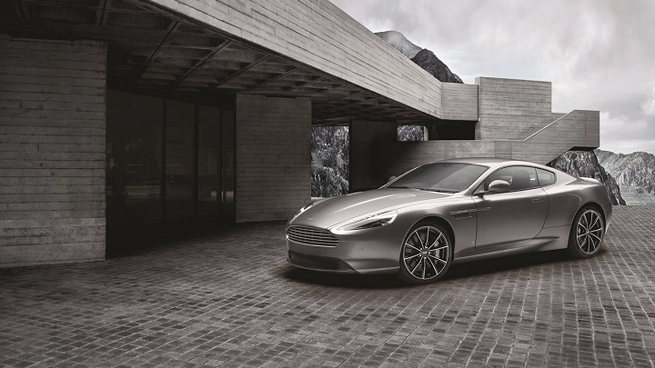 Aston Martin DB9 GT Bond Edition 1