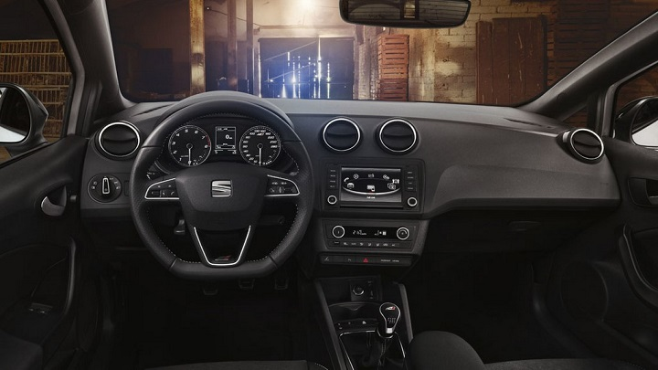 SEAT Ibiza Cupra 2016 interior