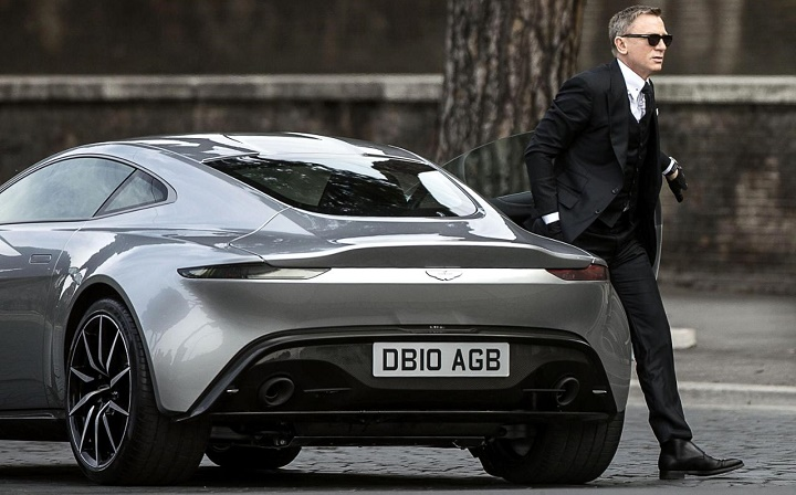 Aston Martin DB10 Daniel Craig