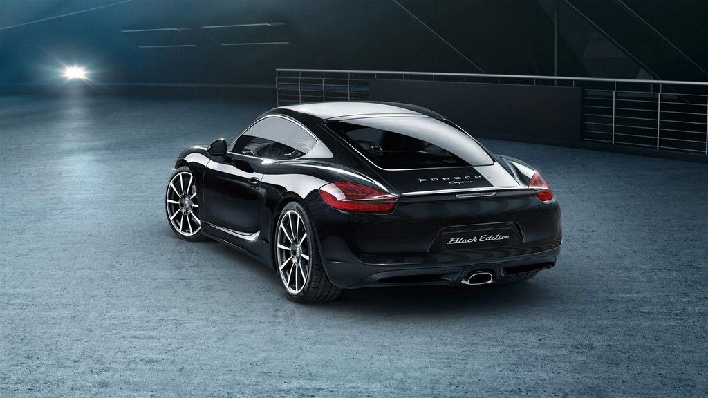 Porsche Cayman Black Edition 8