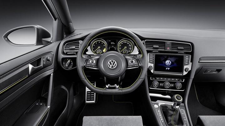 Volkswagen Golf R 400 interior