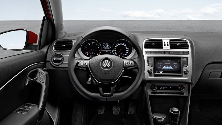 Volkswagen Polo interior