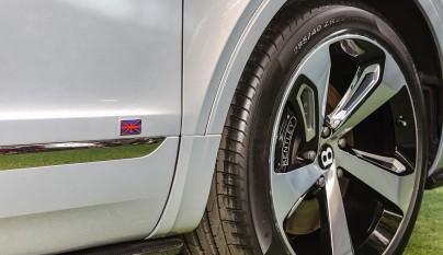 Bentley Bentayga First Edition neumatico 2