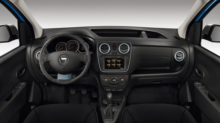 Dacia interior