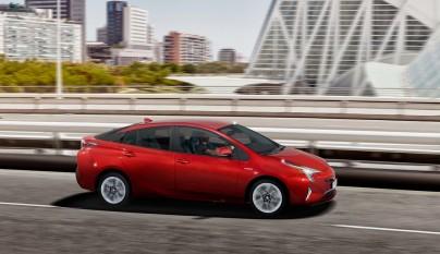 Toyota Prius 4G 24