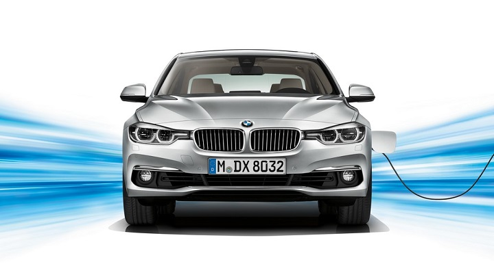 BMW Serie 3 330e frontal