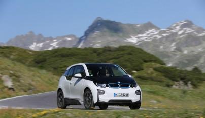 BMW i 7