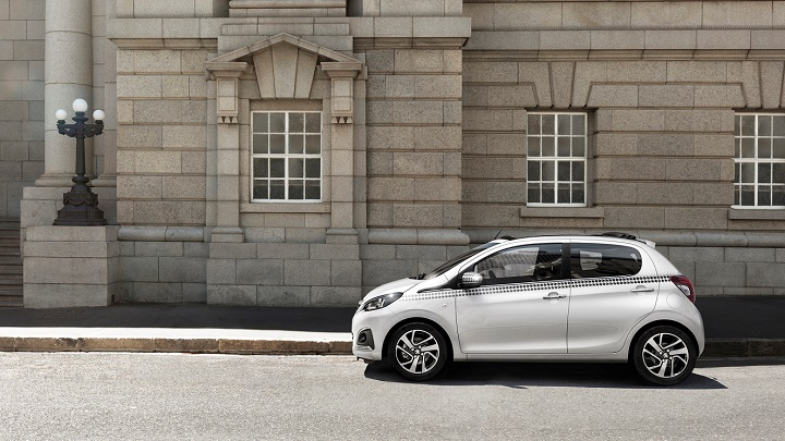 Peugeot 108 lateral
