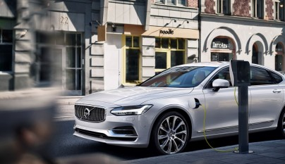 Twin Engine T8 Volvo S90 Inscription White
