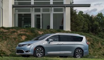 Chrysler Pacifica 7