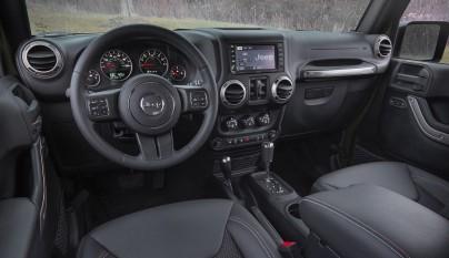 Jeep Wrangler 75 aniversario interior