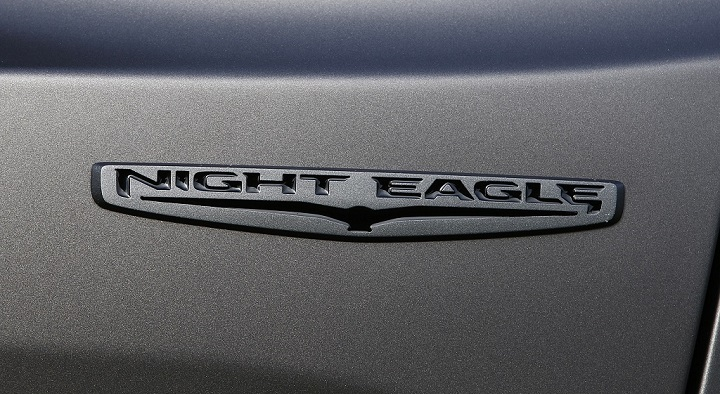 Jeep Renegade Night Eagle logo