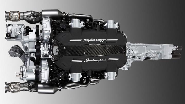 Lamborghini motor V12
