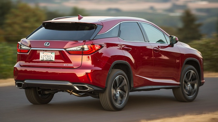 Lexus RX rojo