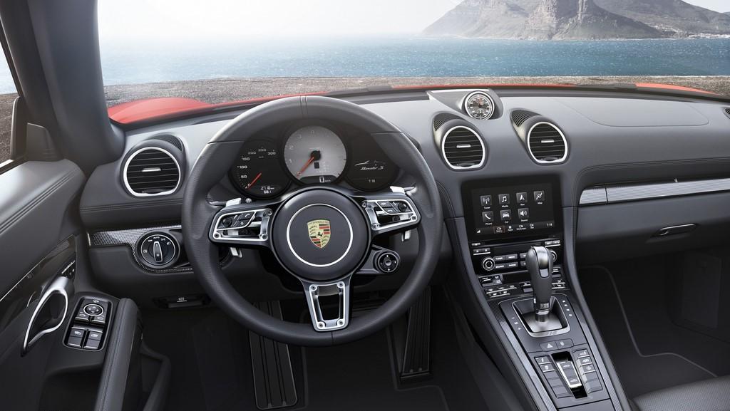Porsche 718 Boxster 8