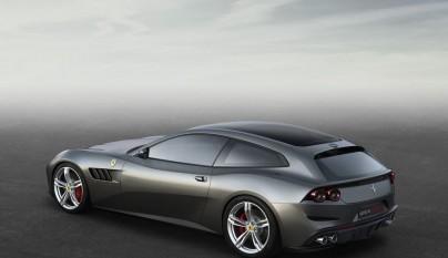 Ferrari GTC4Lusso 8