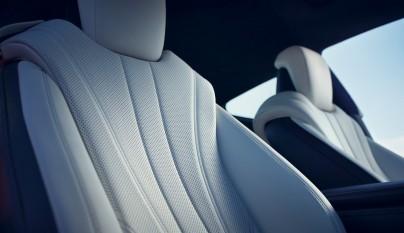 Lexus LC 500h 37