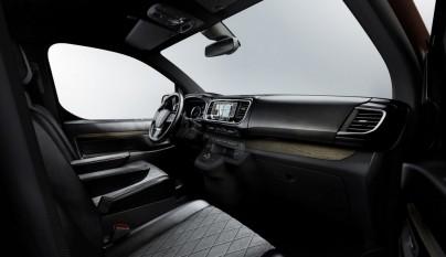 Peugeot Traveller i-Lab 4