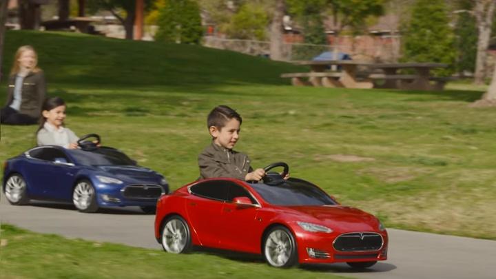 Tesla Model S Kids
