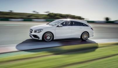 Mercedes-AMG CLA 45 4MATIC 3