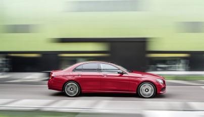 Mercedes-Benz Clase E lateral
