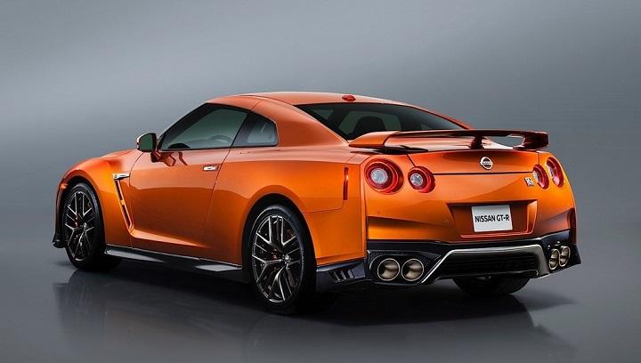 Nissan GT-R 2017 25