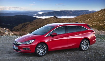 Opel Astra Sports Tourer 15