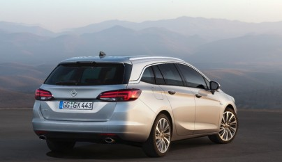 Opel Astra Sports Tourer 2