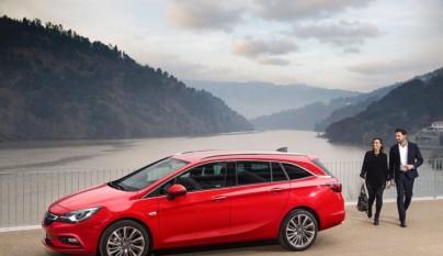 Opel Astra Sports Tourer 21