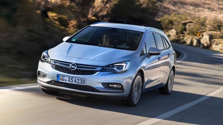 Opel Astra Sports Tourer 30