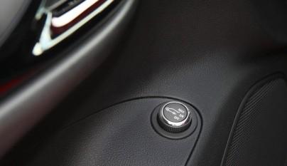 Opel Astra Sports Tourer boton 2