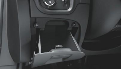 Opel Astra Sports Tourer guantera