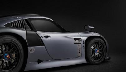 Porsche 911 GT1 Evolution 11