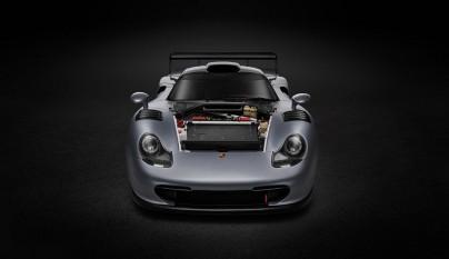 Porsche 911 GT1 Evolution 21