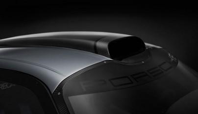 Porsche 911 GT1 Evolution 8