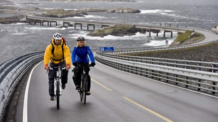 noruegos en bicicleta