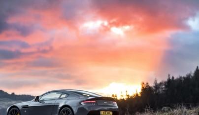Aston Martin V12 Vantage S 2017 13