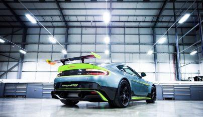 Aston Martin Vantage GT8 3