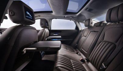 Jaguar XFL 9