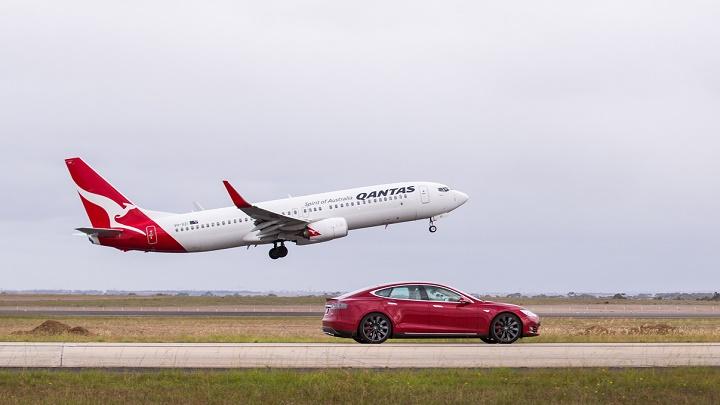 Model S vs Boeing 737