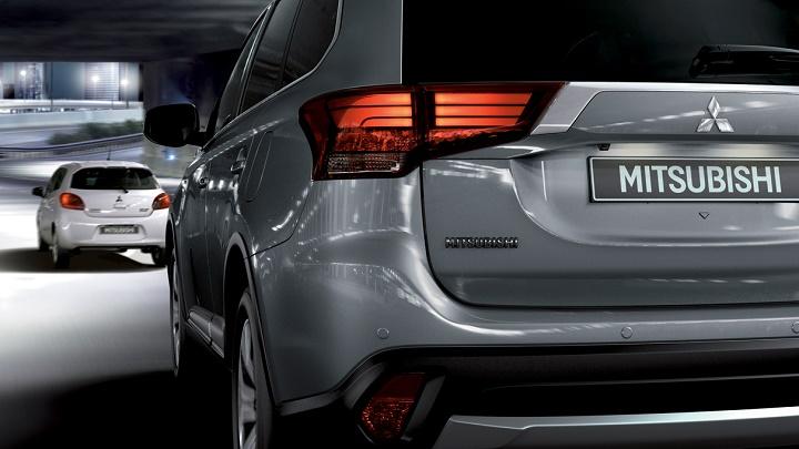 Mitsubishi Outlander PHEV zaga