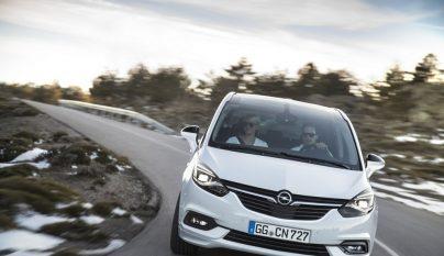 Opel Zafira 2017 1