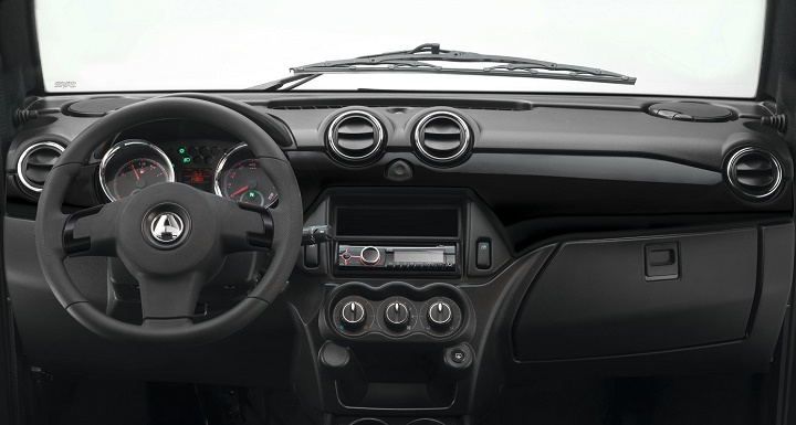 Aixam Coupe interior