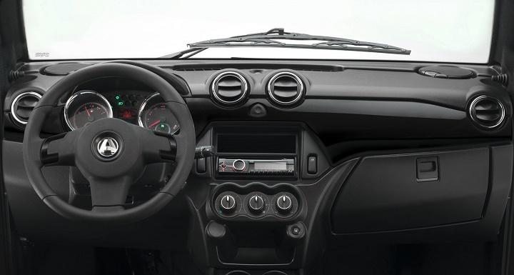 Aixam Coupe interior