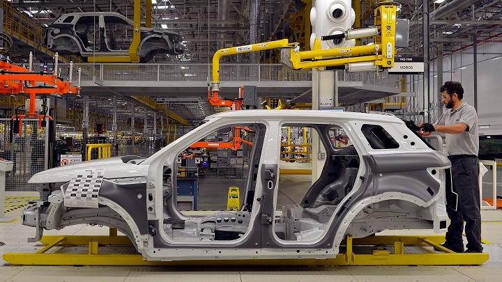 Jaguar Land Rover fabrica