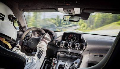 Mercedes-AMG GT R 18