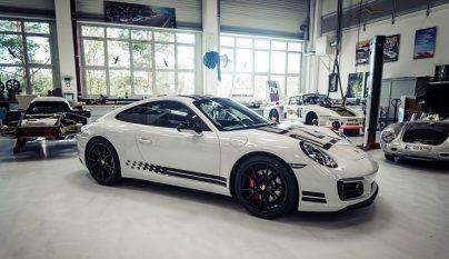 Porsche 911 Carrera S Endurance Racing Edition 1