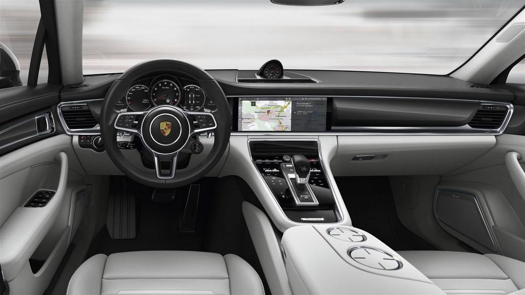 Porsche Panamera 4S 11