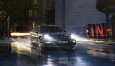 Porsche Panamera Turbo 11