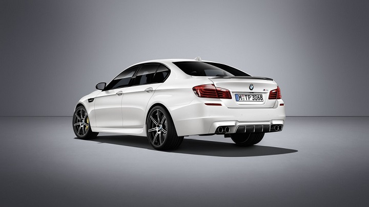 BMW M5 Competition zaga